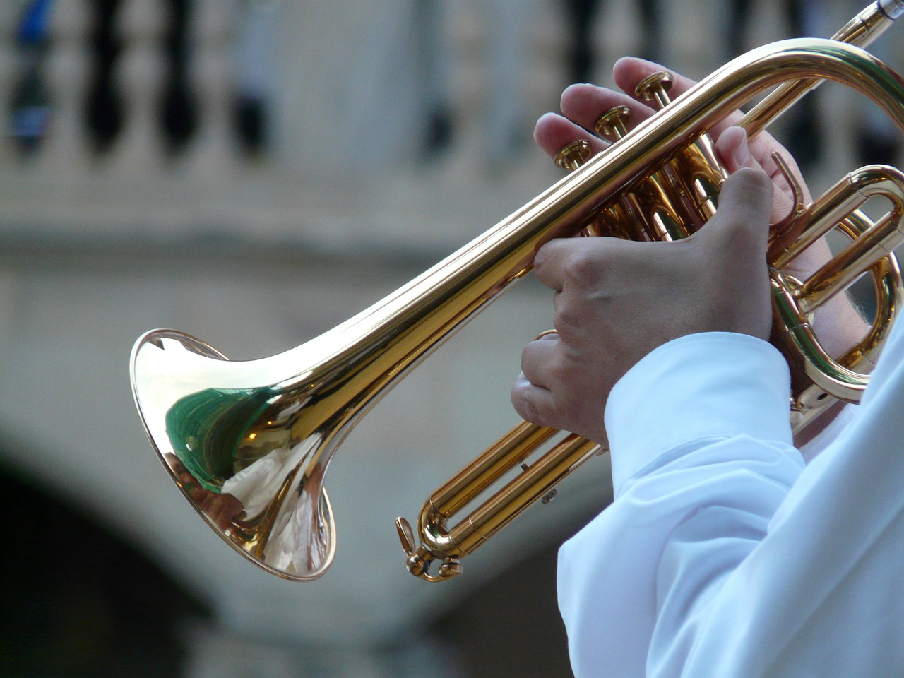 Trumpet and hands of player